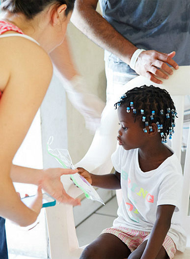 medic-with-little-girl.jpg